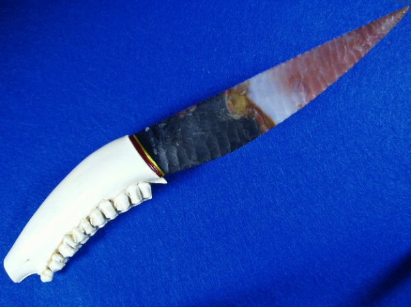 jafar jasper flint knapped knife with whitetail deer jaw handle
